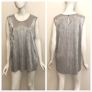 Vince Camuto Silver Vertical Line Top